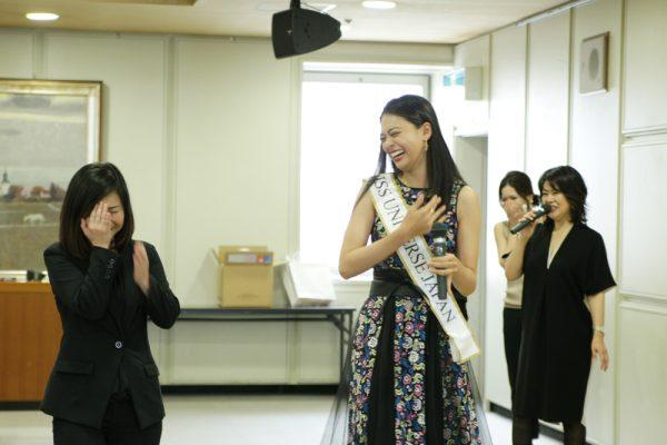 ミスユニバース 加藤遊海さん